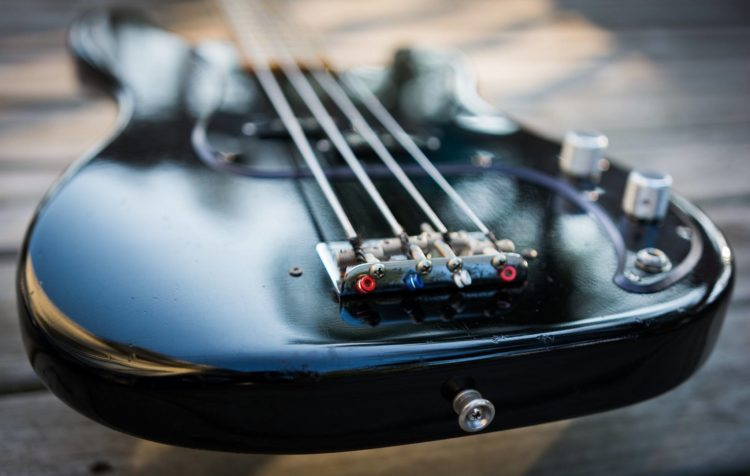 Roger Waters inspired bass
