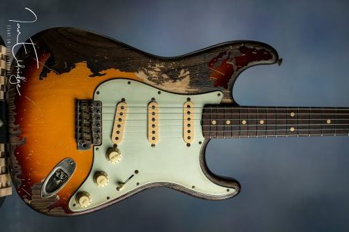 Custom Sunburst Black1